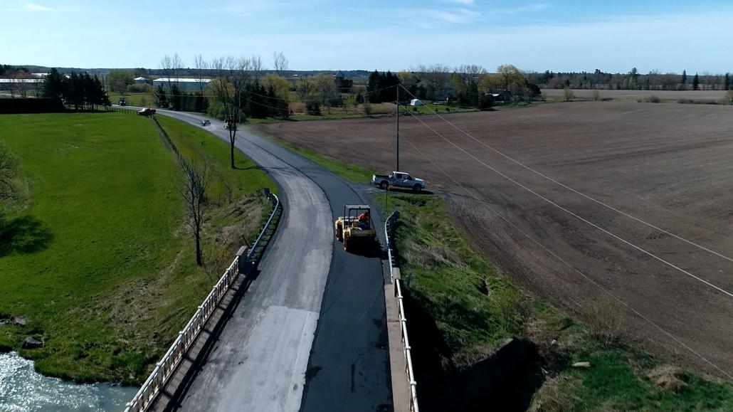 Asphalte JRL Paving roller road aerial view