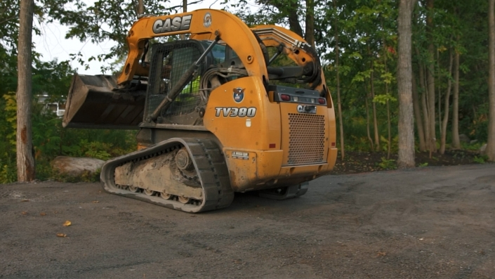 Asphalte JRL Paving residential driveway skid-steer